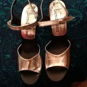 Bandolino Silver Chunky heeld